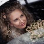 Закрученные пряди невесты