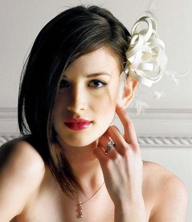 Самые яркие свадебные прически 2013 для брюнеток - Прически