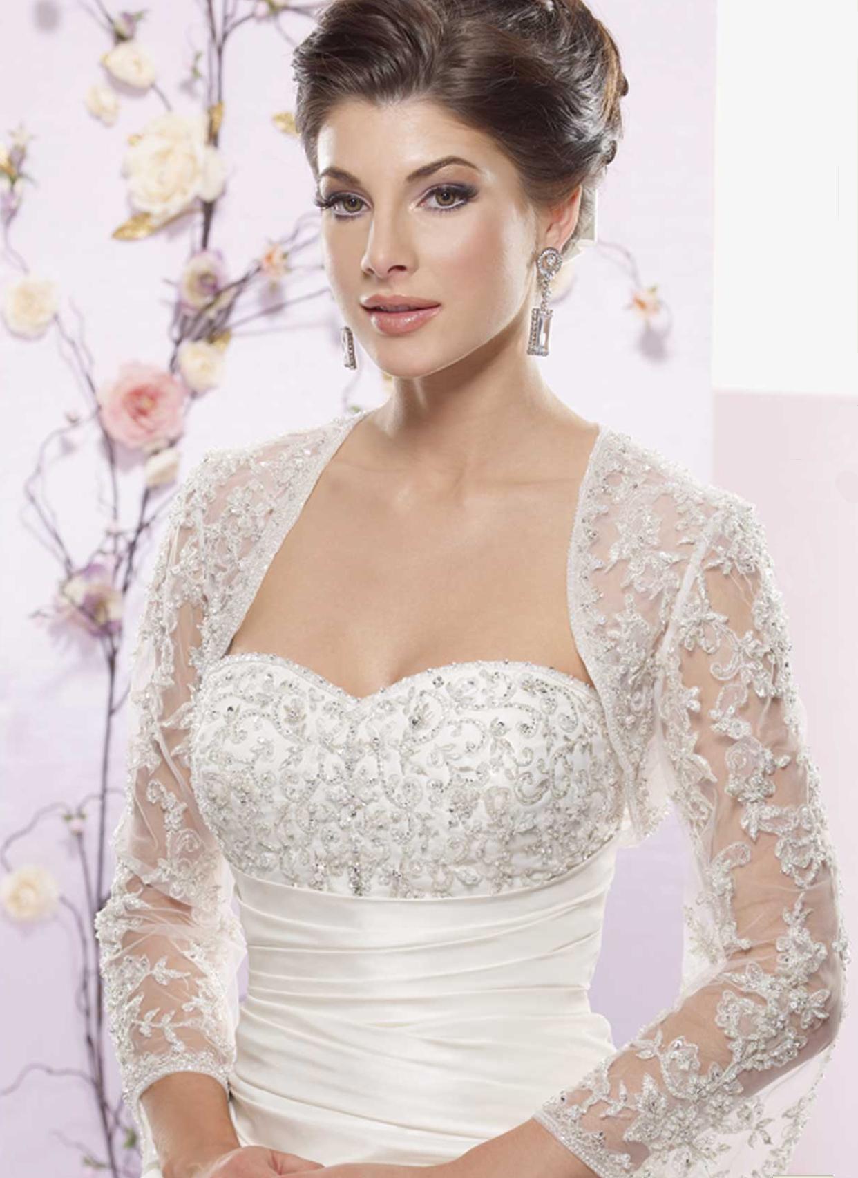 Прозрачные свадебные наряды 2013 волнуют, шокируют, покоряют и заставляют сердца всех окружающих биться сильнее и чаще. Красивые невесты в потрясающих