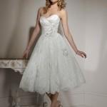 Платье в коротком варианте