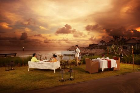 Отель Samabe Bali Resort & Villas предлагает